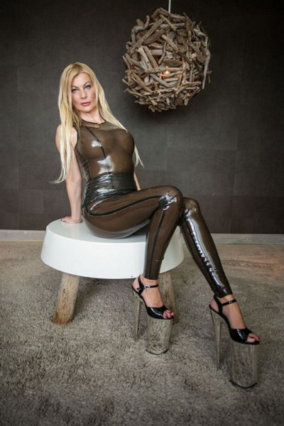 Meesteres Vernice, latex Meesteres, Bi - sessies, SM sessie, Hard SM, Soft SM